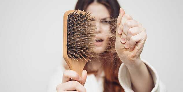Märker du att det blir mer hår i borsten när du borstar håret? Att det ligger mer hår på golvet när du duschat? Eller har hårfästet ändrats ell börjar det bli tunnare? Håravafll